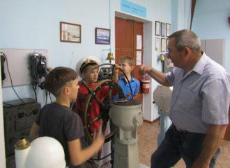 Школьники посетили музей речного флота