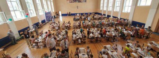 В Саратове дан старт Всероссийских соревнований по шахматам среди мальчиков и девочек