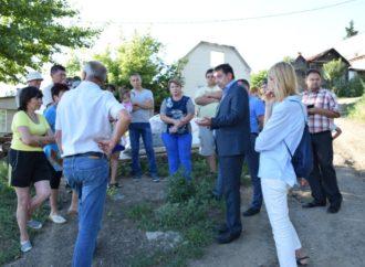 Максим Сиденко встретился с жителями улицы Веселая и 3-го Веселого проезда