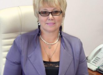 Россельхознадзор поздравляет и.о. директора ФГБУ «Саратовская МВЛ» с юбилеем