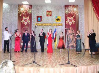 В Энгельсском доме-интернате для престарелых и инвалидов состоялся концерт артистов Саратовского театра оперы и балета.