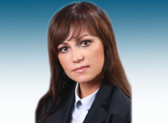 Поздравление министра экономического развития области Юлии Шваковой с Днем российского предпринимательства