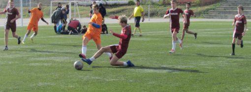 В Саратове состоялся турнир по футболу среди дворовых команд, посвящённый памяти В.Г. Слепова