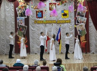 В Энгельсском доме-интернате начались мероприятия, посвященные Дню матери в России