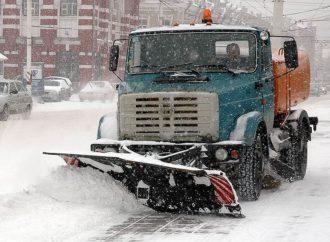 «Последствия снегопада в Саратове убирают в штатном режиме»