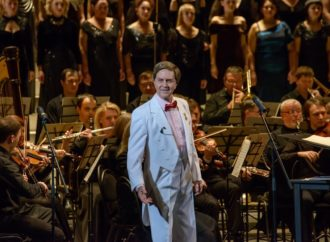 25 февраля в Энгельсском доме-интернате с праздничным концертом выступит народный артист СССР Леонид Сметанников