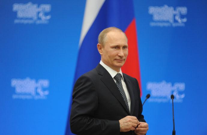 Президент РФ Владимир Путин обьявил в России нерабочую неделю в связи с коронавирусом