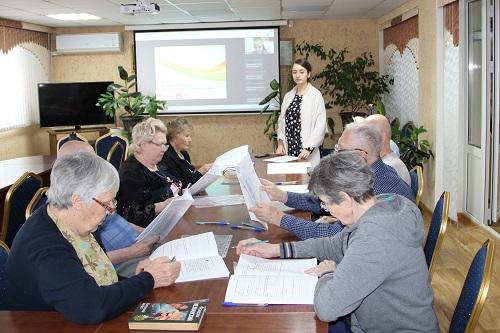 Сотрудники и проживающие Энгельсского дома-интерната принимают участие в реализации проекта Благотворительного Фонда «София»