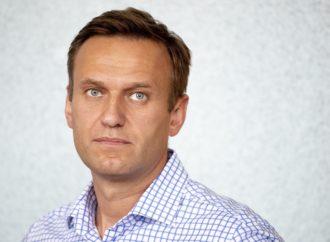 Алексея Навального удалось вывести из медицинской комы