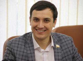 Иван Дзюбан назначен на должность замглавы администрации Энгельсского района по социальной сфере