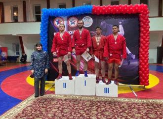 Максуд Ибрагимов стал победителем чемпионата ПФО по самбо