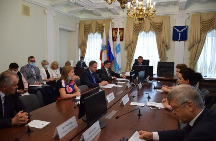 На заседании Совета по развитию малого и среднего предпринимательства рассмотрели меры поддержки бизнеса и самозанятых граждан