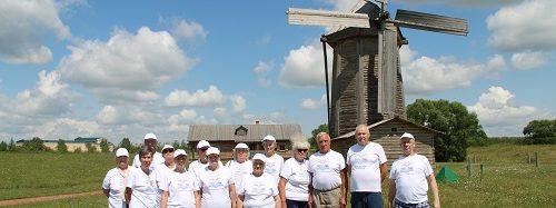 Путешественники из Энгельсского дома-интерната совершили экскурсию на родину М.Ю. Лермонтова – в музей Тарханы
