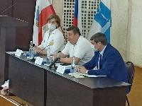 Петр Глыбочко на встрече с саратовскими врачами предложил претворять в жизнь концепцию развития здравоохранения в регионе